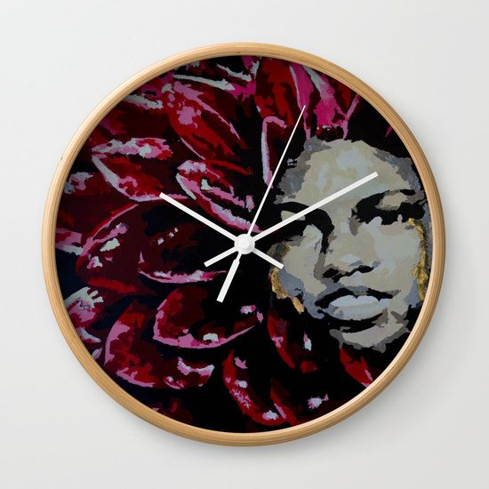 mama-dahlia-wall-clocks